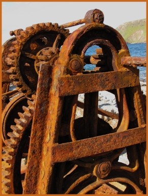 Old winch - Second Valley
