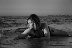 Helen Whitford - Beachgirl (EC)