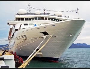 Adrian Hill - Star cruise ship Gemini (set)