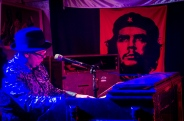 Chris Schultz - Che and Me