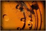 C07_Ursula Prucha_Spiderweb on rustywheel_open