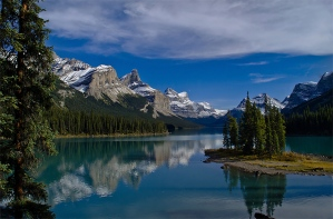 Spirit Island Lake Maligne - Eric Budworth